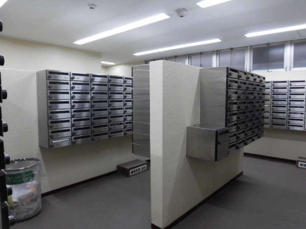 築地永谷コーポラスメールボックス