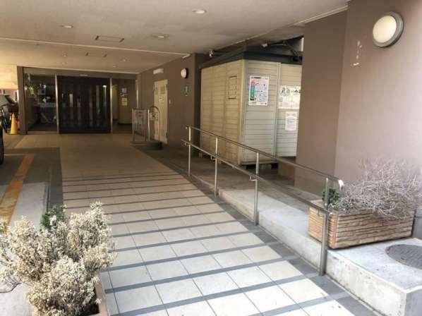 ライオンズマンション高円寺エントランス1