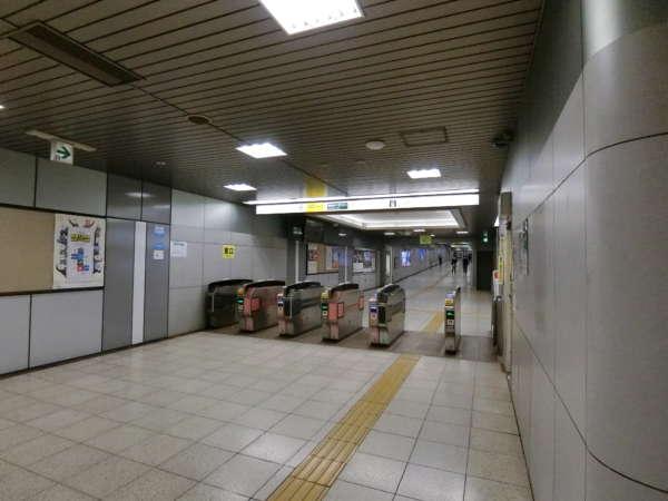 クレベール西新宿アプローチ2-1