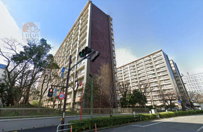 大森駅前住宅2号棟外観